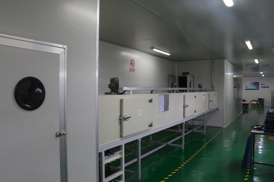 Dust-free painting room 2 lines – pad printing, silk printing and UV painting.